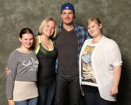 Stephen Amell - oh thse eyes<3